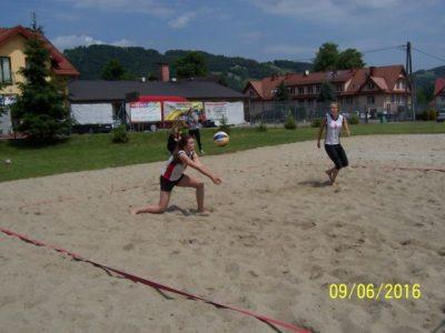 III miejsce dziewcząt w turnieju siatkówki plażowej